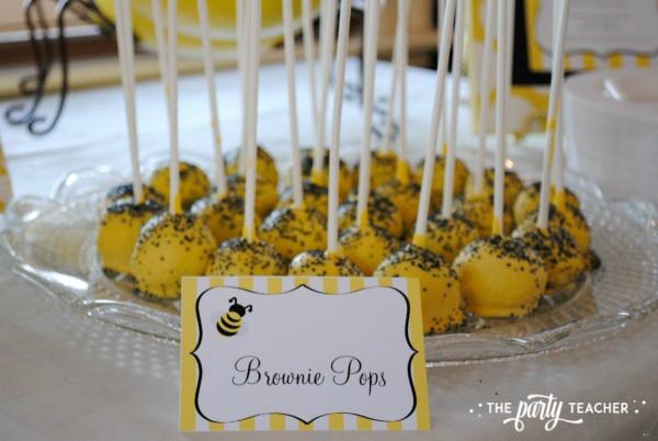 Bee Party by The Party Teacher - Brownie Pops