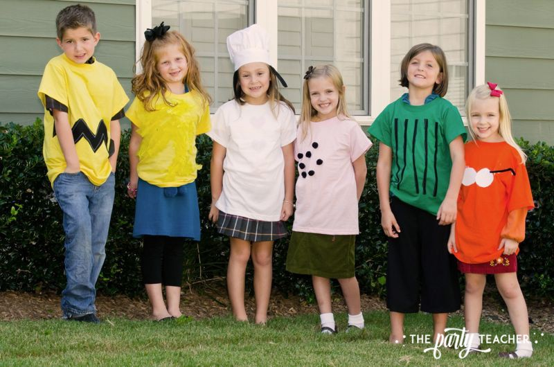 Charlie Brown Thanksgiving Party by The Party Teacher-costumes