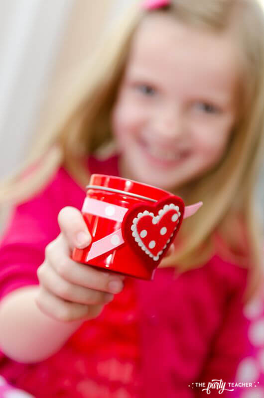 Valentine's Day Party by The Party Teacher -party favor tin 2