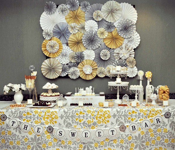 yellowandgray_desserttable_1