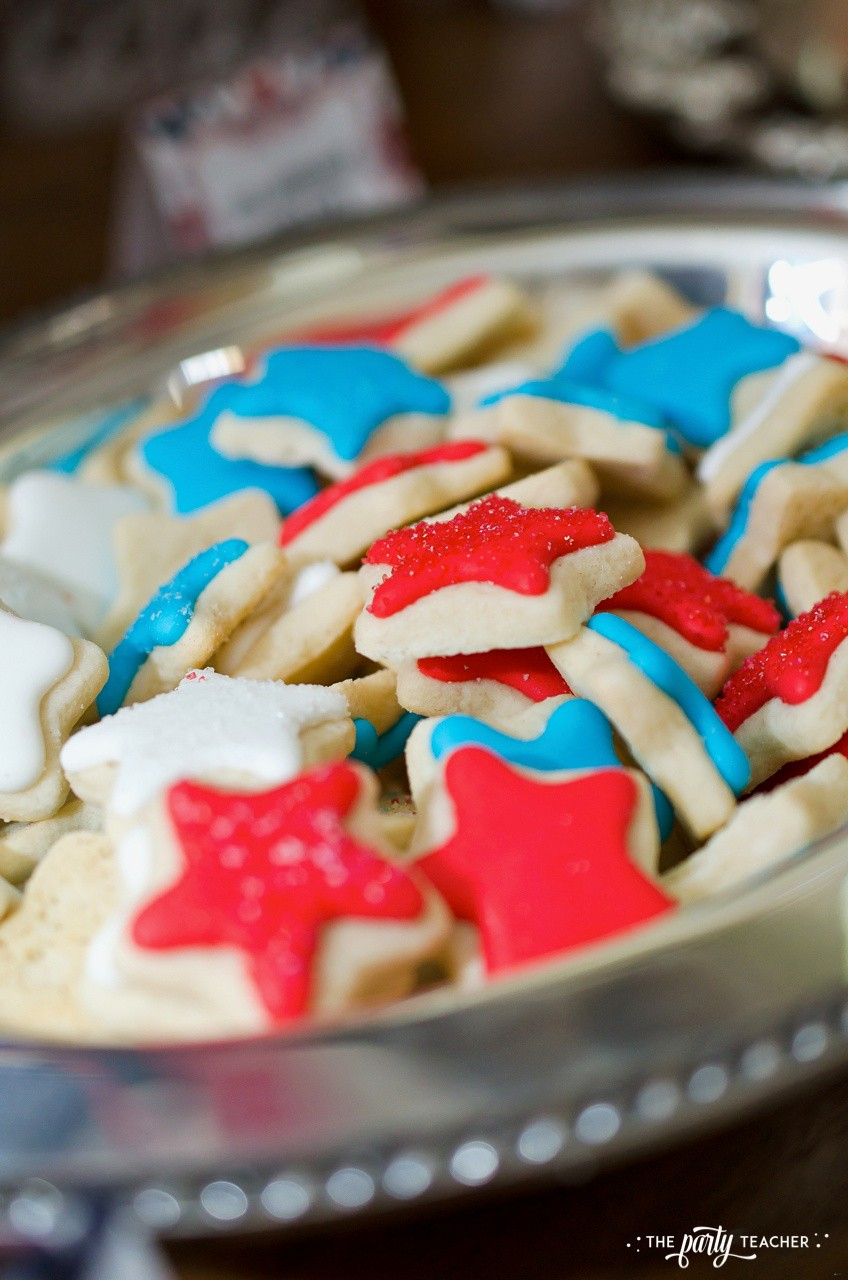 4th of July Party by The Party Teacher - mini star cookies #redwhiteblue