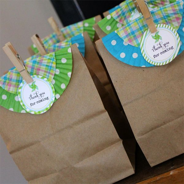 Cupcake liner treat bag topper