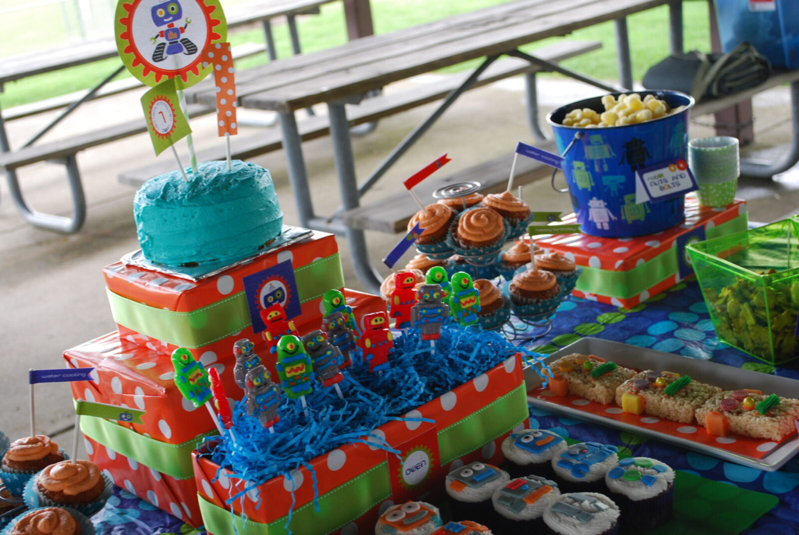 Guest Party Robot 1st Birthday