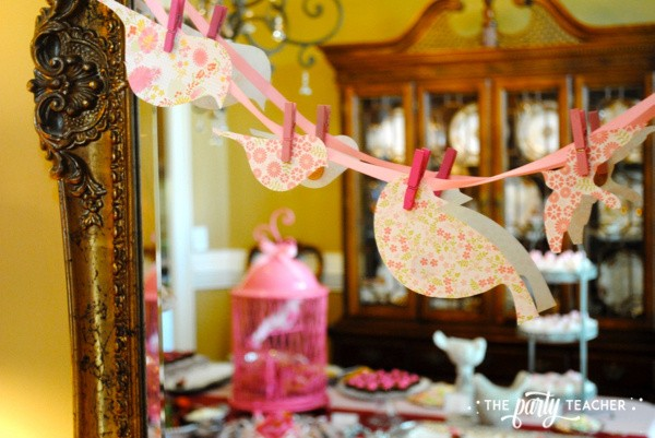 Bird Baby Shower by The Party Teacher - paper bird garland