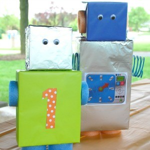 Guest Party: Robot First Birthday Party