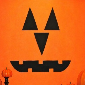 Tutorial: Halloween Canvas as Jack-o-Lantern