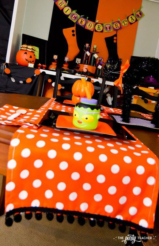 Halloween Trick or Treat Party by The Party Teacher - place setting