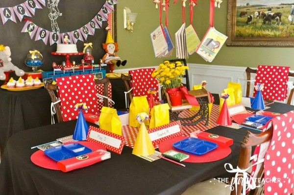 Junie B Jones Birthday Party by The Party Teacher - dining table