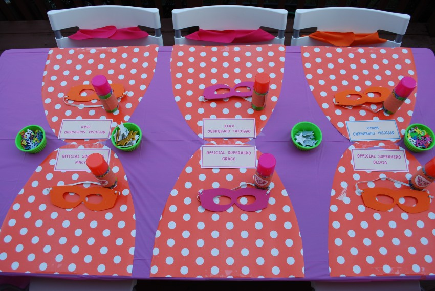 Girl's superhero birthday party - capes as placemats