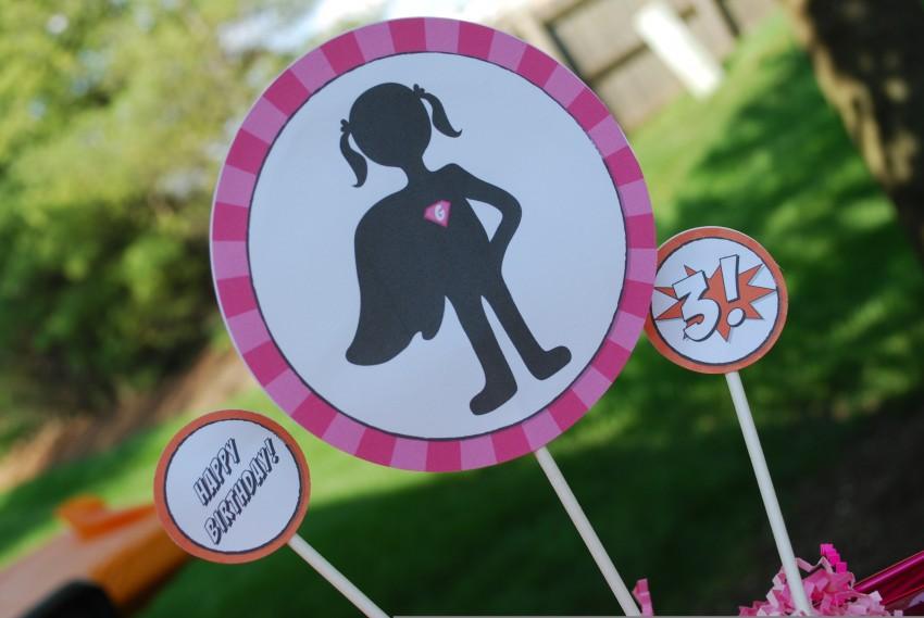 Girl's superhero birthday party - centerpiece printbles