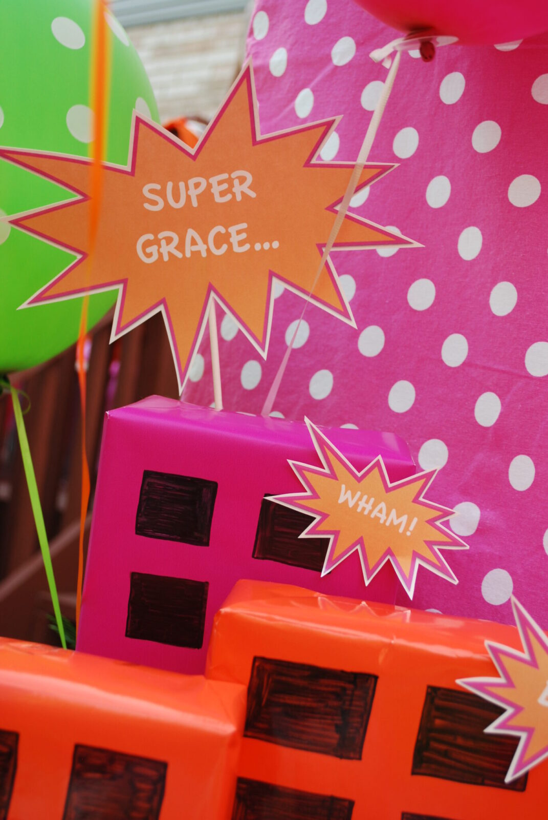 Guest Party: Girl's 3rd Birthday Superhero Party