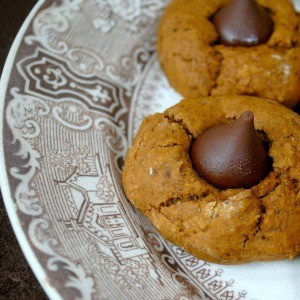 Recipe: Pumpkin Gingerbread Thumbprint Cookies