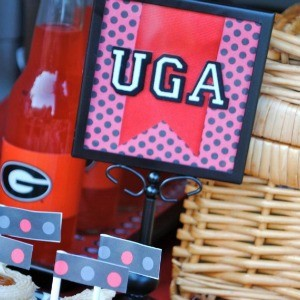 Tutorial: Tailgating Decor