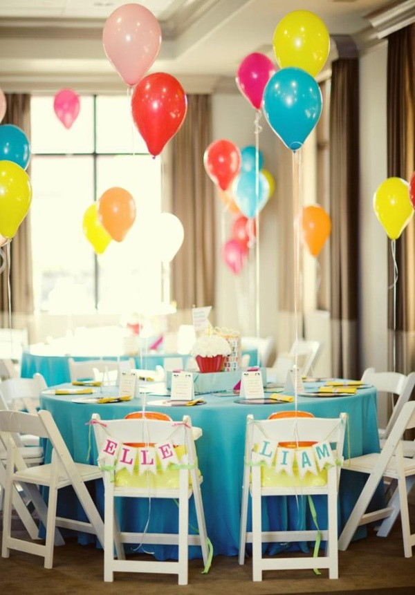 Twins birthday party ideas for boy girl twins for Balloon decoration ideas for 1st birthday