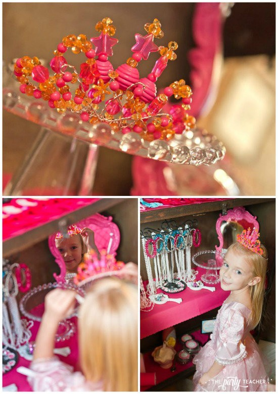 Dress Up Party by The Party Teacher - Birthday girl crown