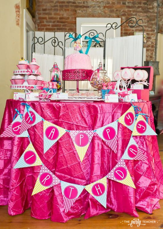 Dress Up Party by The Party Teacher - Dessert Table