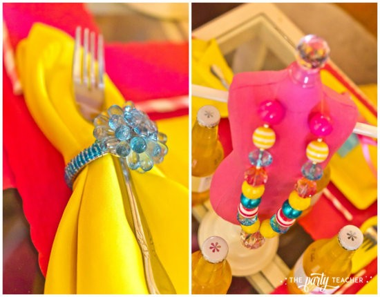 Dress Up Party by The Party Teacher - Dining Table
