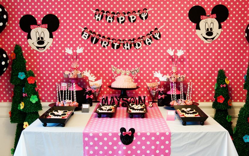 Guest Party Minnie Mouse 5th Birthday Party