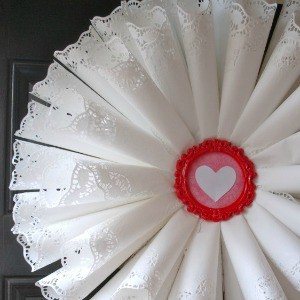 Tutorial: How to Make a Doily Cone Wreath