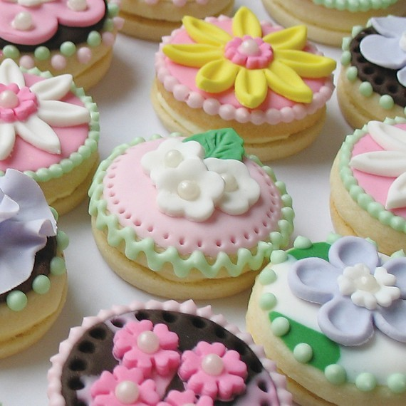 Flower cookies The ART of Cookies