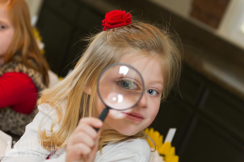 DFP mystery party magnifying glass