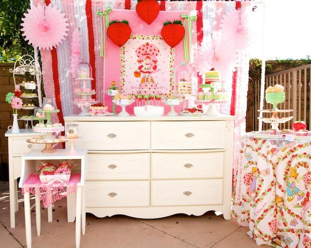 Strawberry party by Minted and Vintage