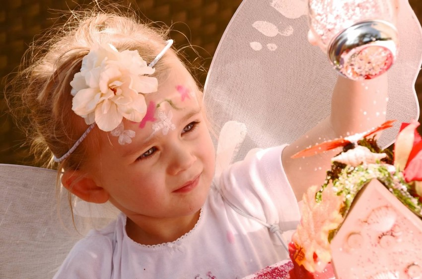 Woodland fairy birthday party by Ritzy Parties featured on The Party Teacher - sprinkling fairy dust