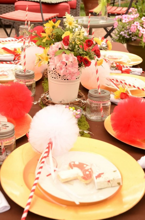 Woodland fairy birthday party by Ritzy Parties featured on The Party Teacher