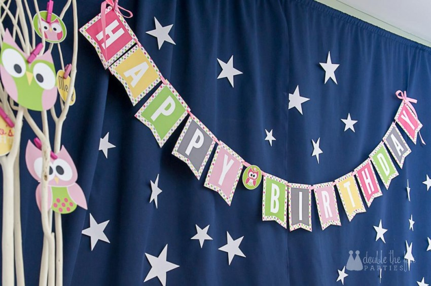 Silver glitter stars on night sky - sleepover party backdrop by The Party Teacher.