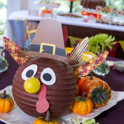 My Parties: Bright & Colorful Thankgiving Kids' Table
