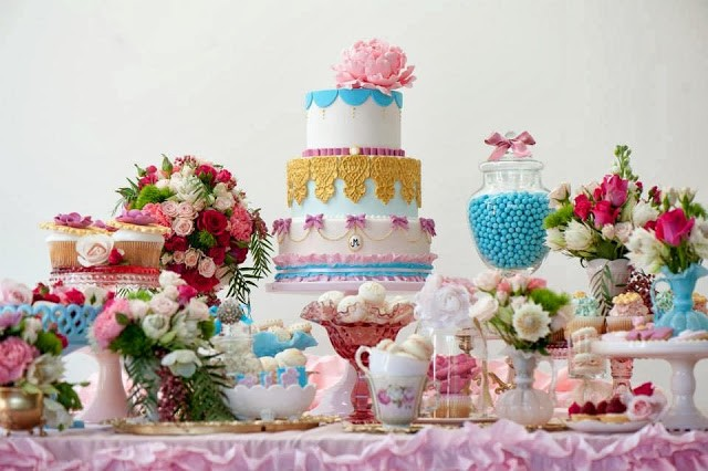 kiss my cakes marie antoinette party