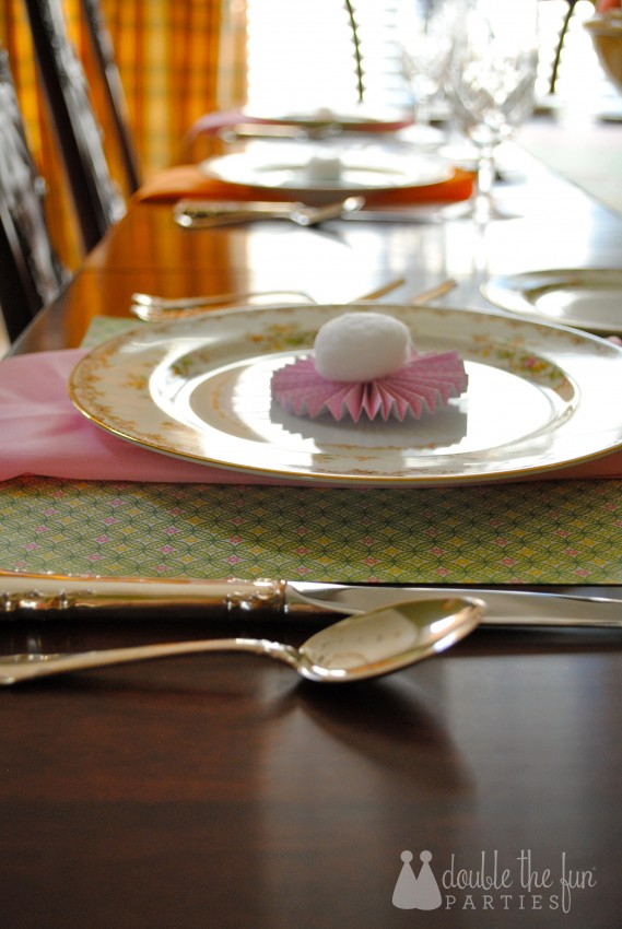 Easter Table in 15 minutes for $1.59 0201