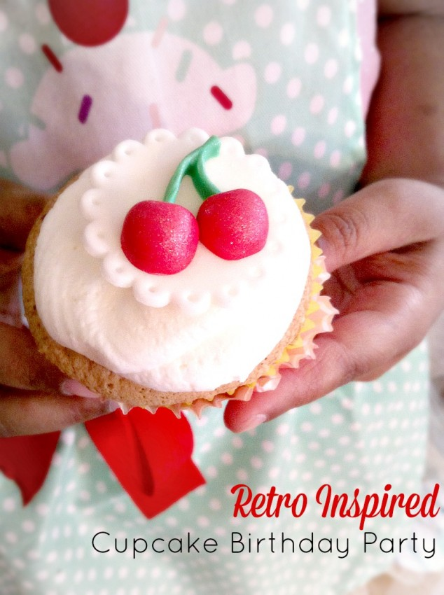 Retro Inspired_Cupcake_Birthday_Party