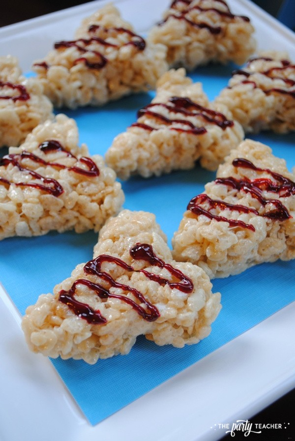 Shark Tooth Rice Krispies Treats by The Party Teacher