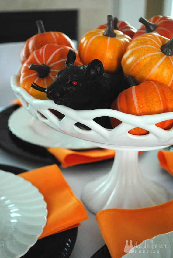 3-D Black Rat Halloween Art by Double the Fun Parties -0995
