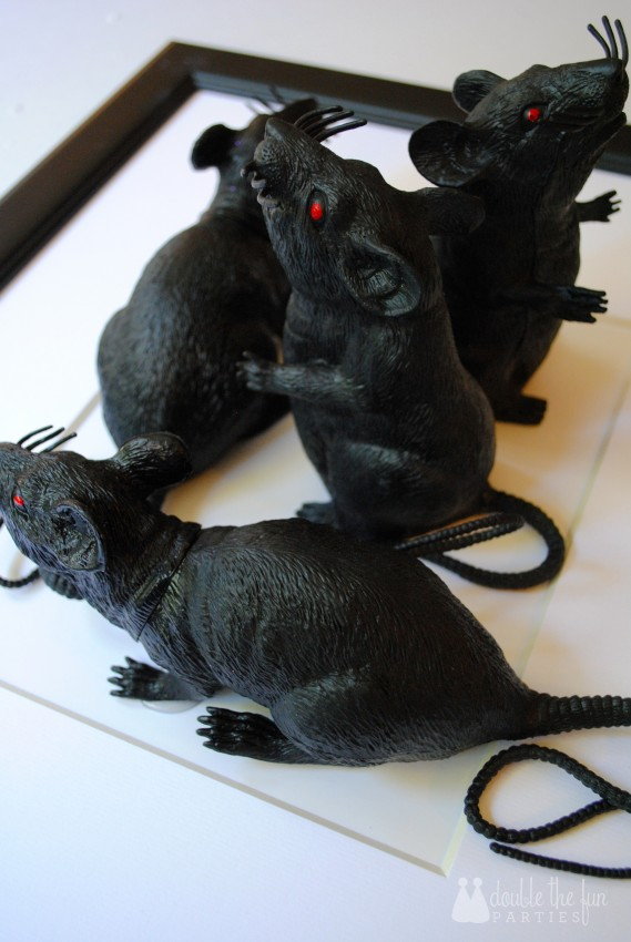 Tutorial - 3-D Black Rat Halloween Art by Double the Fun Parties - 0904 - Step 10