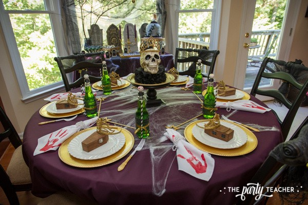 Zombie Princess Party by The Party Teacher - dining table