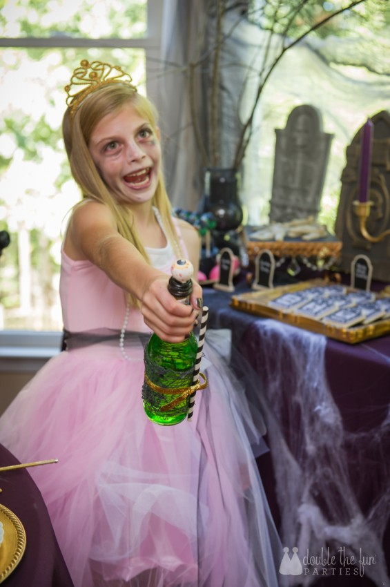 Zombie Princess Party soda bottle tutorial by Double the Fun Parties-c