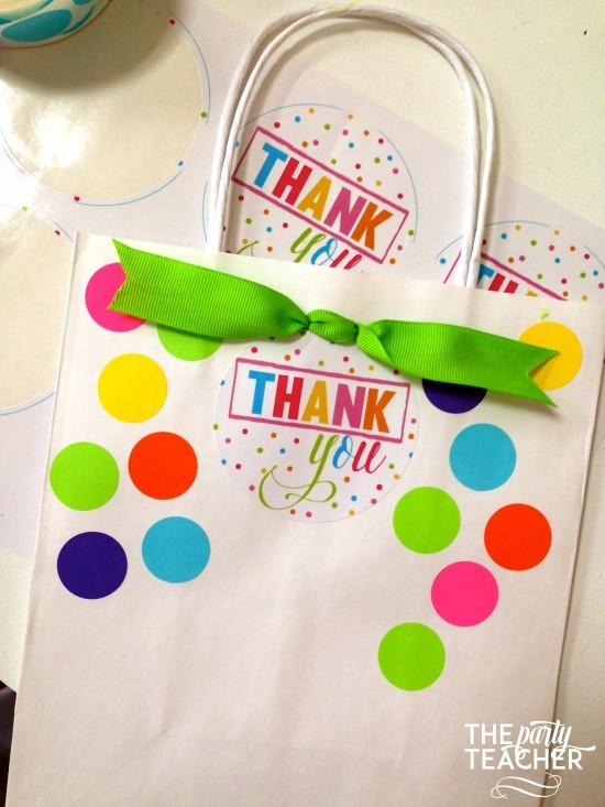Confetti party favor bags tutorial by The Party Teacher 9
