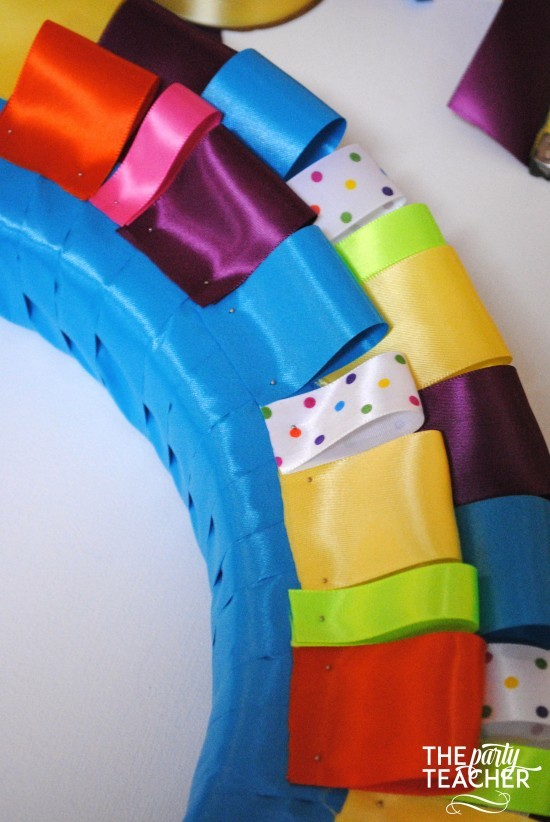 Here's the easy way to make a ribbon wreath - The Party Teacher 8