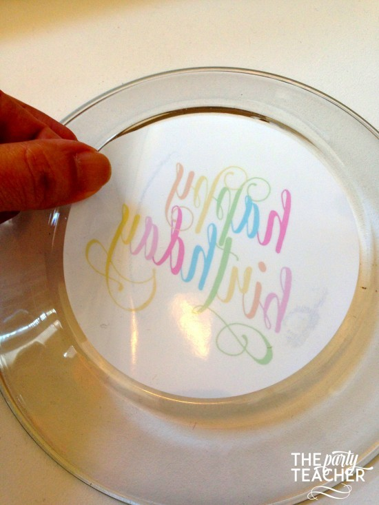 Personalize your party plates with removable stickers - The Party Teacher 6