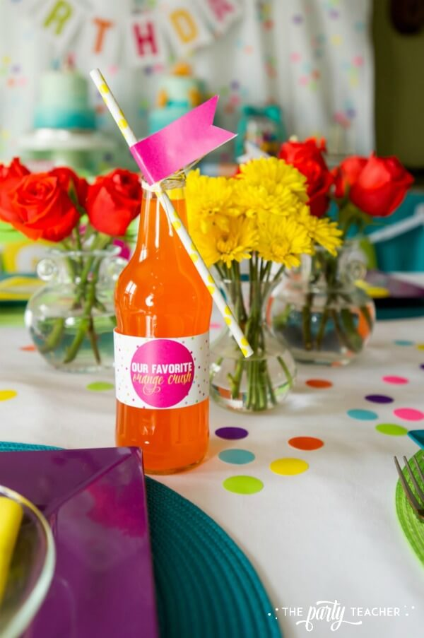 Twins Top 10 Party by The Party Teacher - soda bottle with straw flag