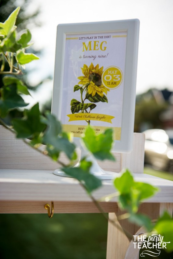 Gardening Party by The Party Teacher - sunflower invitation