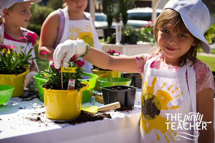 Gardening Party by The Party Teacher - create labels for each guest's plants