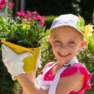 My Parties: How to Host a Children's Gardening Party (It's Time to Play in the Dirt!)