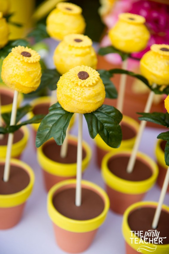 Gardening Party by The Party Teacher - sunflower cakepops