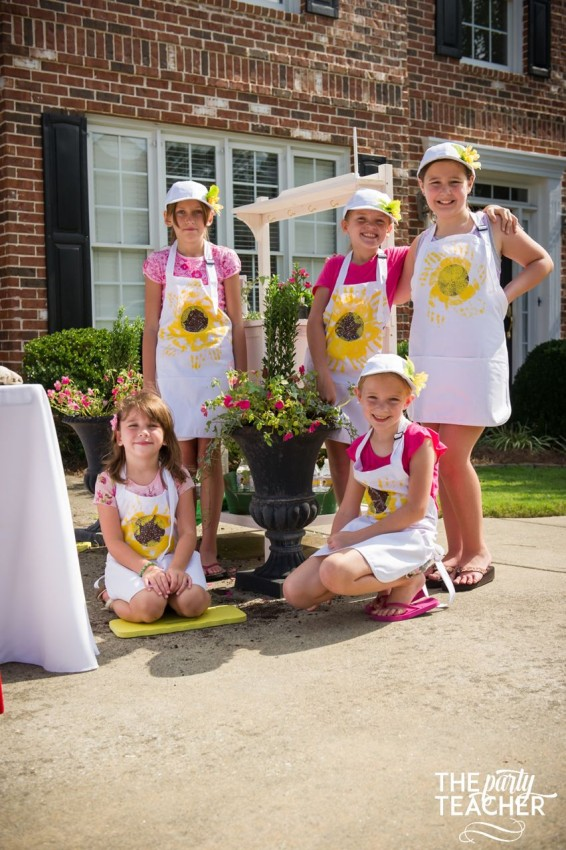 Gardening Party by The Party Teacher - sunflower aprons