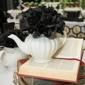 Tutorial: How to Make a Floral Teapot Centerpiece