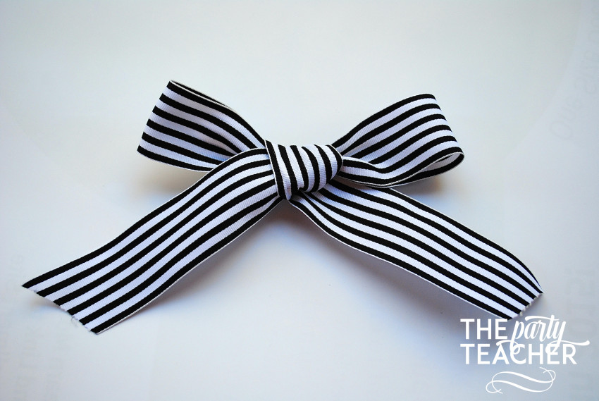 How to Tie the Perfect Bow by The Party Teacher - 13