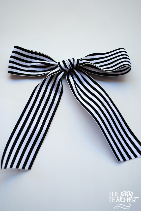 How to Tie the Perfect Bow by The Party Teacher - 16